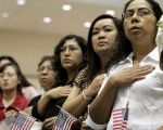 Around 2.6 million Mexicans in the U.S. have permanent residency but chose not to become U.S. citizens, says the DHS.