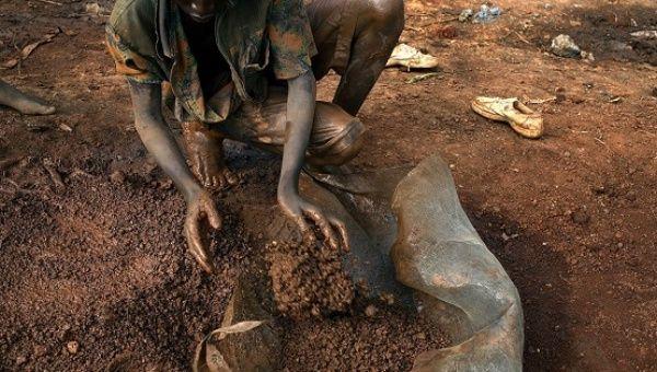 Kongo: Kobalt Madenlerinde Çocuk İşçi Sömürüsü