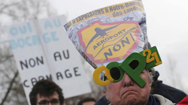 El nuevo aeropuerto elevaría los niveles de polución y contaminación en la ciudad de París.