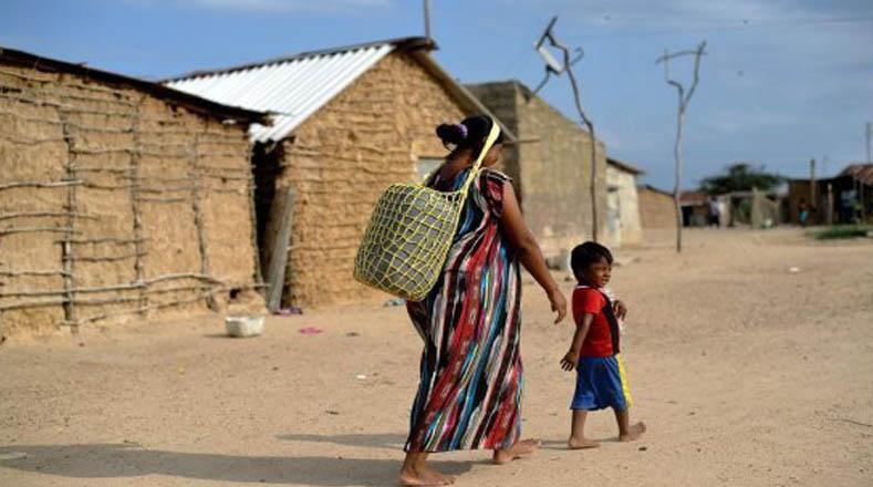 Madres Wayuú han tenido que emigrar debido al hambre en la Guajira.