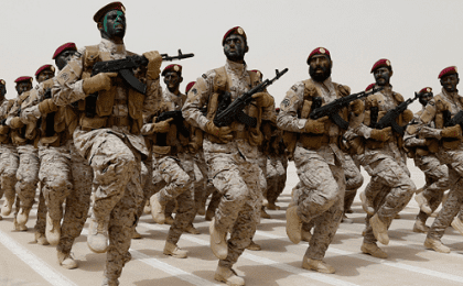 Saudi soldiers march during Abdullah's Sword military drill in Hafar al-Batin, near the border with Kuwait, Apr. 29, 2014.