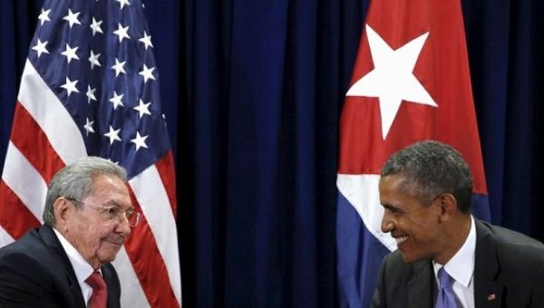 Cuban President Raul Castro and Barack Obama meet at the U.N. General Assembly in New York.