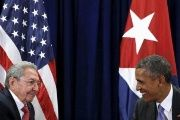 Cuban President Raul Castro (L) and U.S. counterpart Barack Obama (R).