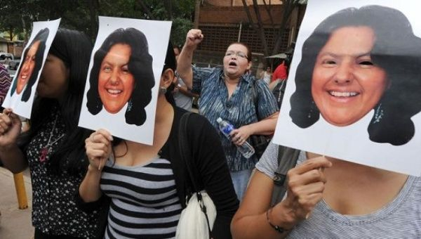 Supporters protest Berta Caceres
