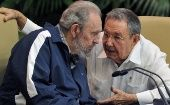 Fidel Castro (L) and his brother, Cuban President Raul Castro.