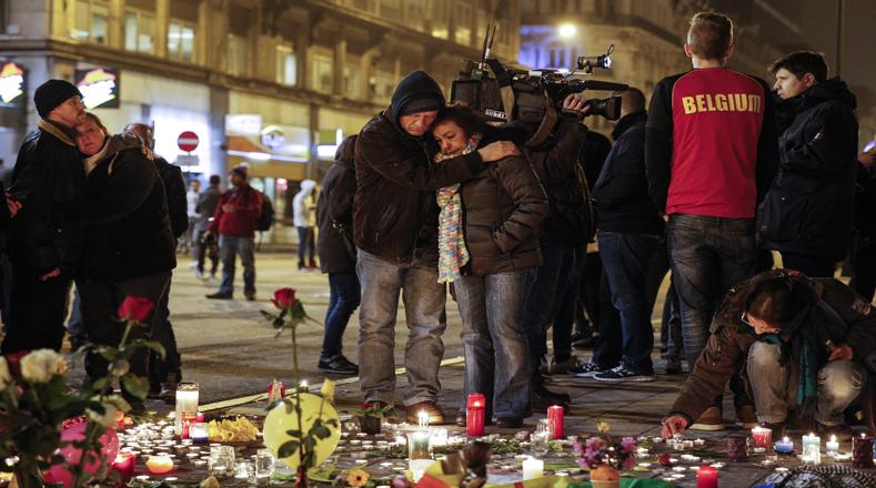 En Bélgica realizan vigilias para conmemorar a los caídos del atentado terrorista perpetrado por el autodenominado Estado Islámico (EI).