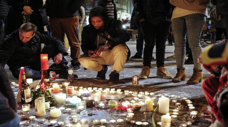 Con jornadas de oración y plegarias contra el terrorismo, centenares de personas en el mundo piden frenar a los grupos radicales que atentan contra millones de inocentes.