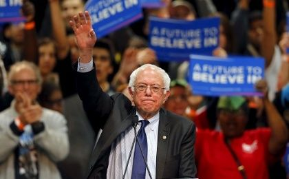 Democratic U.S. presidential candidate Bernie Sanders holds a campaign rally in San Diego, California March 22, 2016.