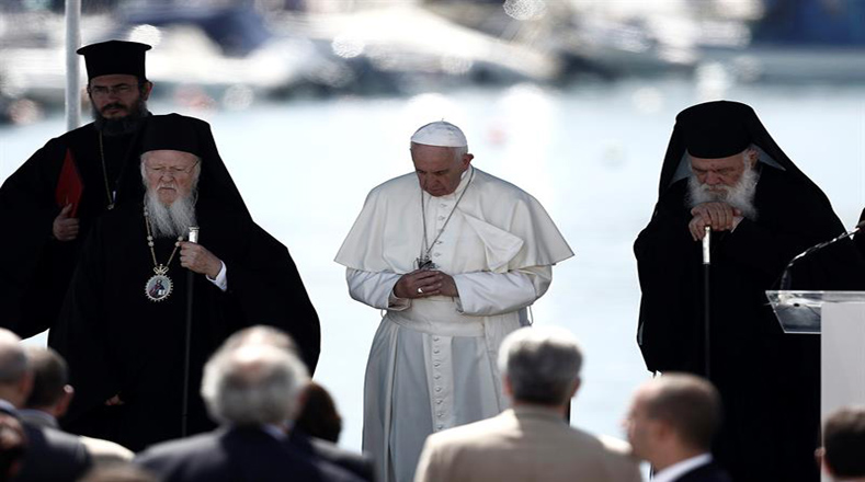 """Tanto el papa como el patriarca consideran que """"Europa debe recibir a todos en este momento""""."""