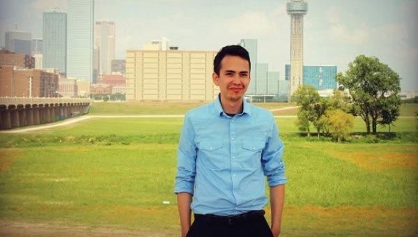 José Manuel Santoyo is the online marketing strategist for Young Latinos for Bernie.