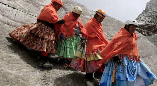 bolivia 39 s indigenous cholita climbers take on andes