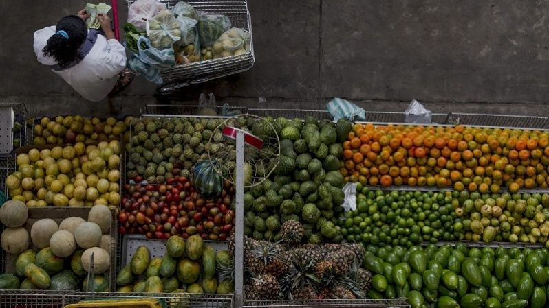 Venezuelans argue food scarcity has encouraged a healthier diet.