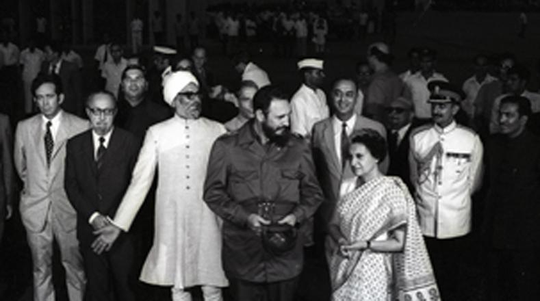 También visitó Nueva Delhi, India, en 1973.