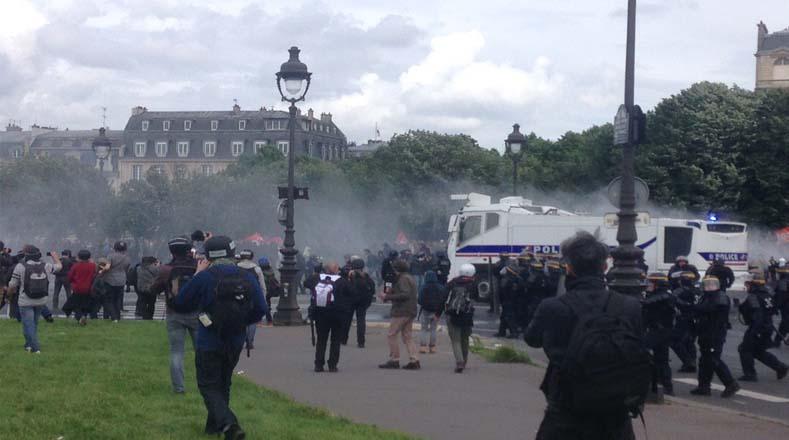 Al salirse de control la manifestación, se generaron importantes destrozos. Además muchas tiendas no pudieron ser abastecidas.