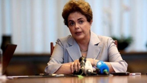 Rousseff: Golpe afecta la democracia y desprestigia a Brasil