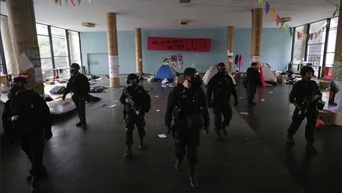 Brasil: Policía desaloja protesta contra Temer en Río de Janeiro