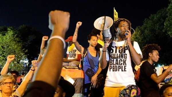 Hillary, Delete Yourself: Black Lives Matter Not Voting Clinton