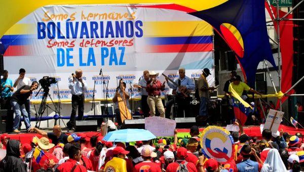Colombianos residentes en Venezuela se suman a la lucha contra la guerra económica