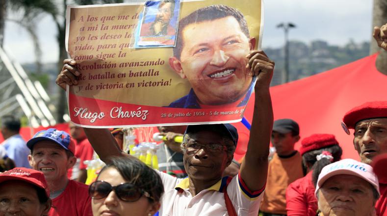 Esto les permite ahora a estos inmigrantes desarrollar proyectos de vida con plenos derechos constitucionales en Venezuela.