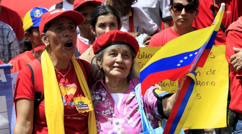 """Cano reconoció """"el comportamiento histórico y solidario del pueblo venezolano con el pueblo colombiano""""."""