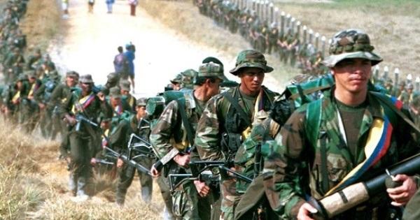 Conferencia FARC-EP acuerda Declaración Política y elige Estado Mayor