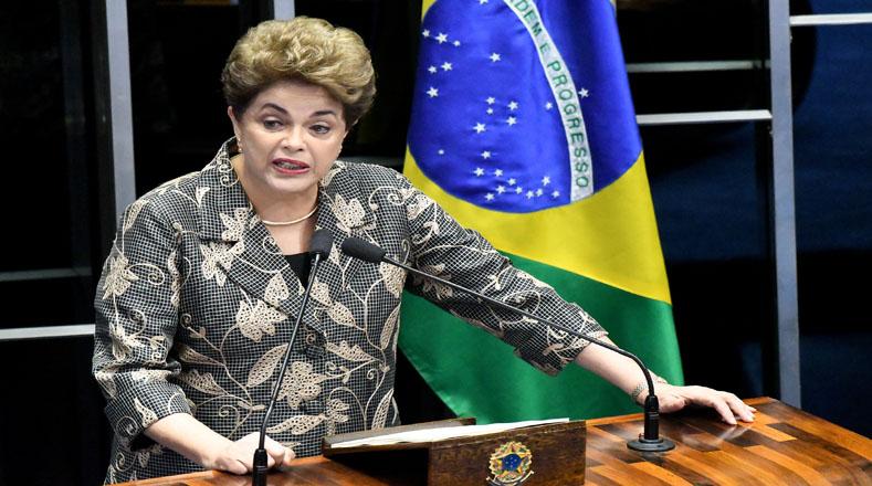 El Senado brasileño separó de su cargo a la mandataria Dilma Rousseff por 61 votos a favor y 20 en contra en un juicio político que dejó como presidente de Brasil a Michel Temer.