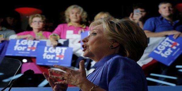 Clinton ganó cerca de 1,5 millones de dólares por discursos pagados por Wall Street antes de iniciar su campaña presidencial.