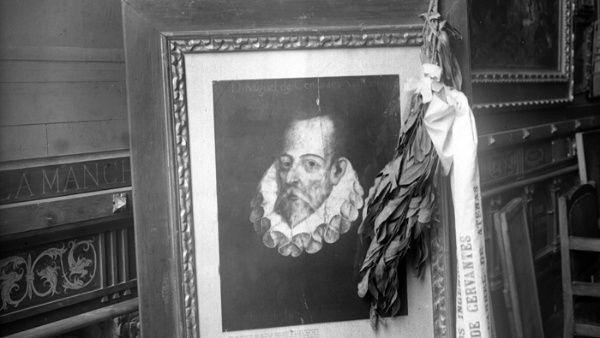 Pese a que hay varios retratos y dibujos sobre su rostro no hay registros que confirmen el verdadero aspecto de Miguel de Cervantes.