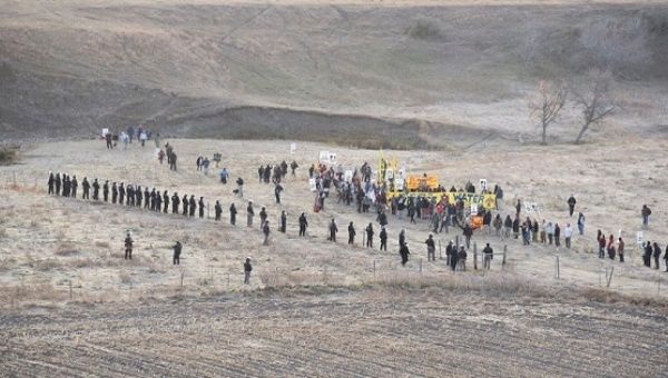 Protesters are confronted by police near the Dakota Access pipeline at a construction site in North Dakota, Oct. 22, 2016.