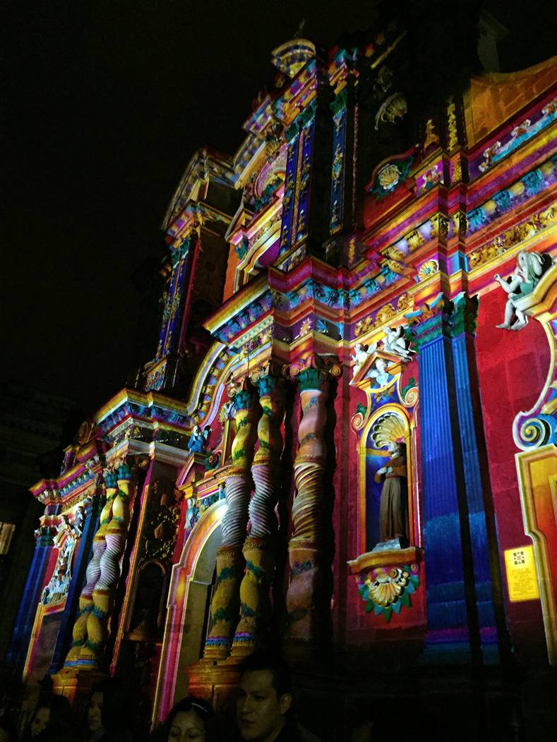 "The ""Chromolithe"" light art gave the impression that the projection-mapping was, in fact, a detailed new paint job."
