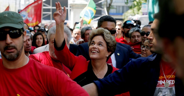 Rousseff niega uso de recursos irregulares en campaña electoral
