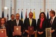 Ecuadorian officials and representatives from the EU signed Friday a trade agreement.