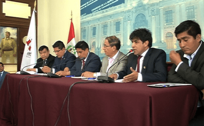 Representatives of the Association of Municipalities of Peru