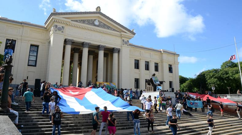 Durante nueve días el pueblo cubano rendirá homenaje al líder que logró liberar a la isla del dominio estadounidense.