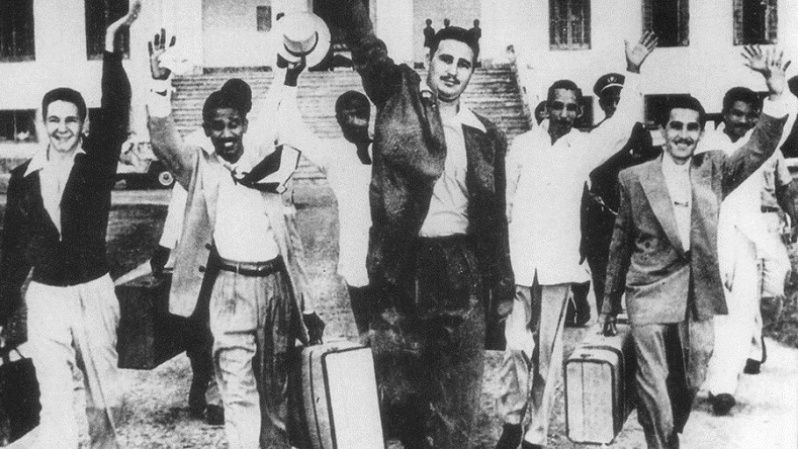 Raul Castro (L), Fidel Castro (C) and other Moncada rebels released from prison, May 1955.