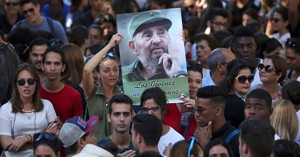 Students at Havana University pay tribute to Fidel Castro in Havana, Cuba, Nov. 28, 2016.