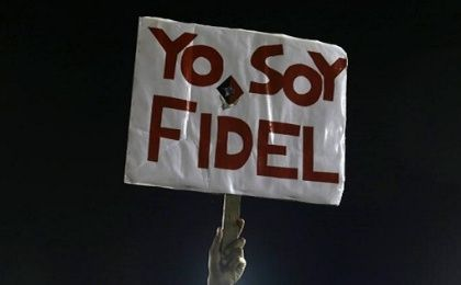"Sign reads, ""I am Fidel."""