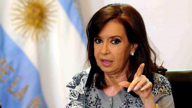 Cristina Fernández denuncia espionaje y persecución política