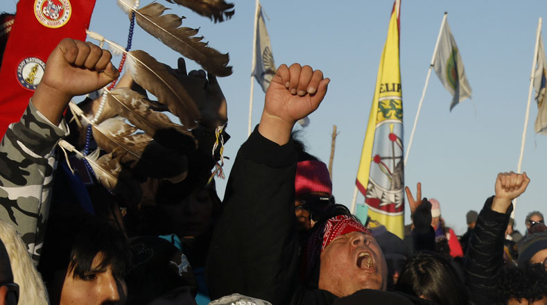 Intensa nevada no detiene protestas en EE.UU. contra el Dakota Access Pipeline