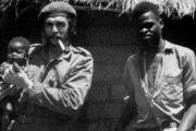 Che with a Congolese fighter