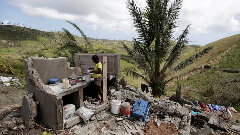 Permanecem no Haiti traça o flagelo do Matthew, a tempestade mais devastadora na década passada no Atlântico. Outubro 2016.