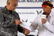 Shuar leaders delivered a statement denouncing violent acts by some members to the Ecuadorian police.