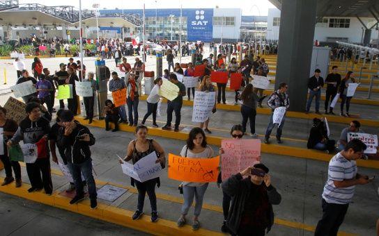 http://www.telesurtv.net/__export/1484000025690/sites/telesur/img/news/2017/01/09/protesta_mxxico.jpg_1718483347.jpg