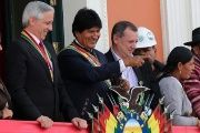 Bolivian President Evo Morales gathers on the Day of the Plurinational State with his vice president and members of Congress, Jan. 22, 2017.