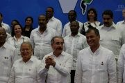 Dominican Republic President Danilo Medina (C) reacts after taking an official photograph during the CELAC summit, Jan. 25, 2017.