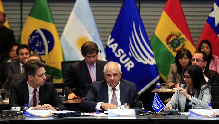 Unasur debate temas principales de la región a la espera de nuevo secretario