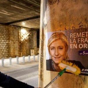 Francia: Le Pen acorta distancia