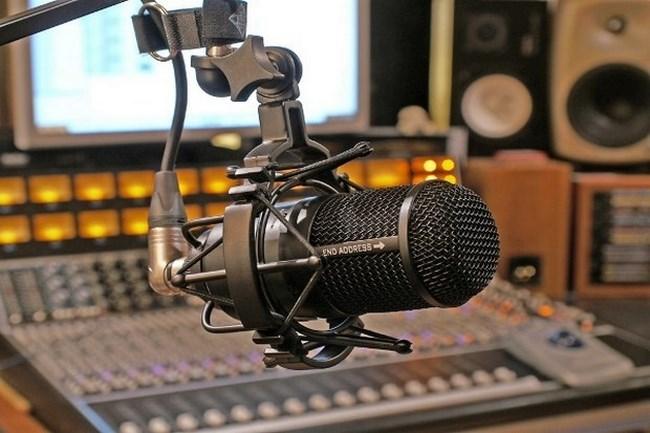 Resultado de imagen para dia de la radio