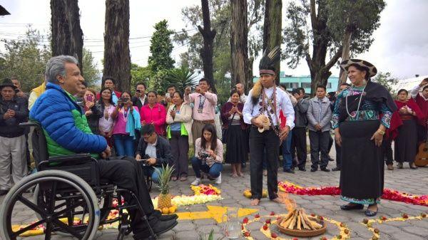 Resultado de imagen para lenin m,oreno con dirigentes indigenas