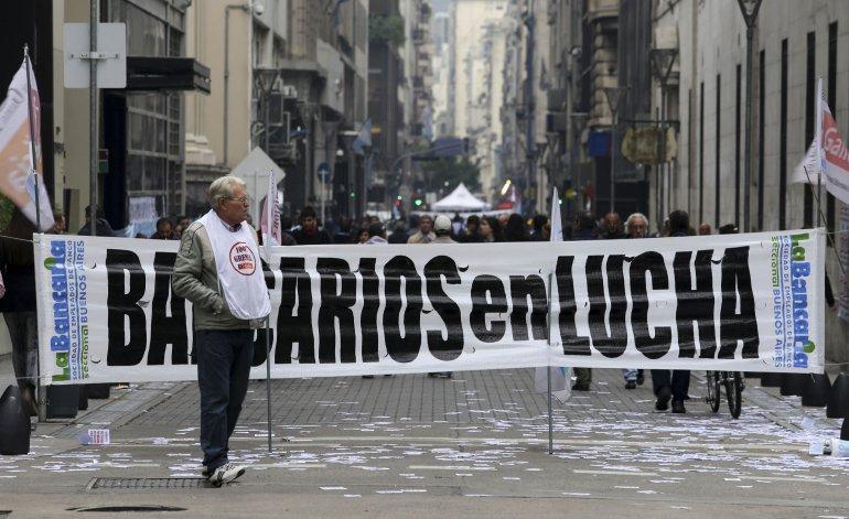Bancarios argentinos realizarán paro de 72 horas